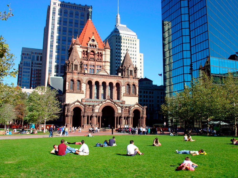 quang-truong-Copley-Square-boston-my-mixtourist